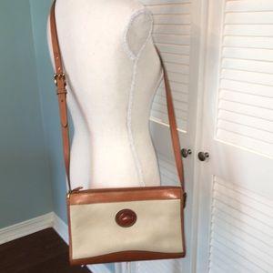 Vintage Dooney and Bourke Cream Tan Shoulder Bag